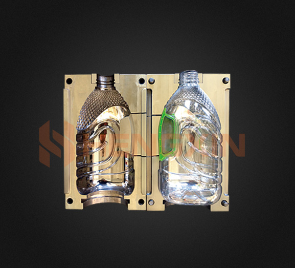 OIL BOTTLE BLOW MOULD