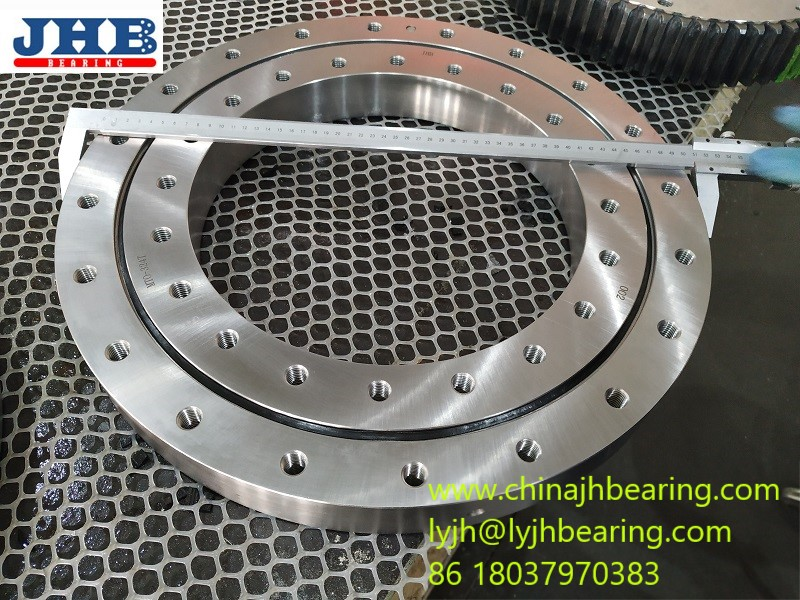 E787/760G2 Radial Stacker machine Front Track Slewing Bearing size 950x760x80mm