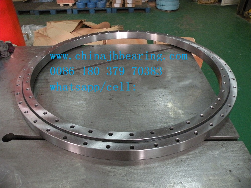 RKS.060.25.1204 four point contact slewing bearing